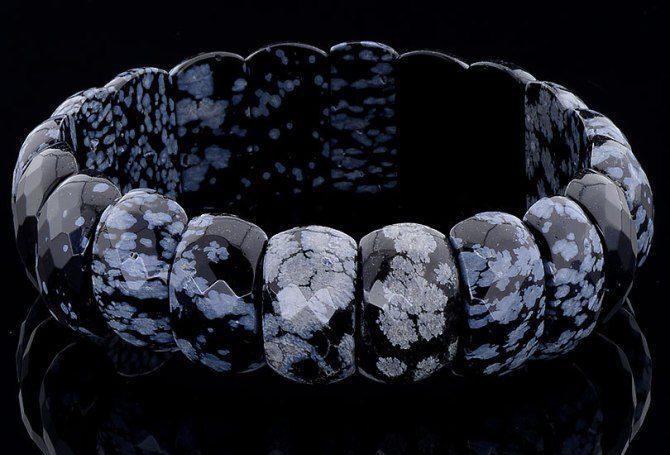 Obsidian-braslet-iz-snezhnogo