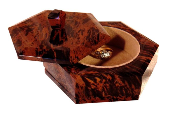 Obsidian-shkatulka-e1521741286636