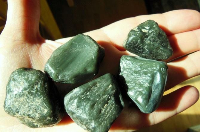 Obsidian-zelenyj